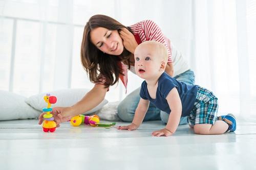 la garde des enfants à domicile
